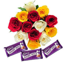 12 mix roses hand bouquet 3 silk chocolates