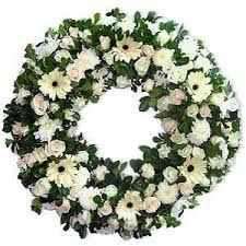 Wreath with 100 white flowers