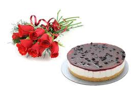 6 red roses with 1/2 kg blueberry cake (For Pune only)