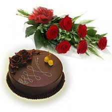 6 red roses with 1/2 kg chocolate cake (For Pune only)
