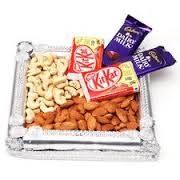 250 gms dry fruit with 4 chocolates tray