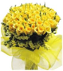 24 yellow roses bouquet