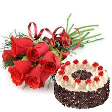 6 red roses with 1/2 kg black forest cake (For Pune only)