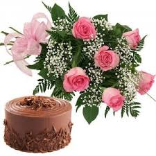 6 pink roses with 1/2 kg chocolate cake