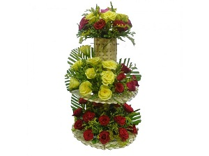 3 layer red yellow 50 roses with mat